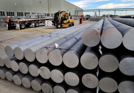 Business split invigorates aluminium producer, says Alcoa CEO